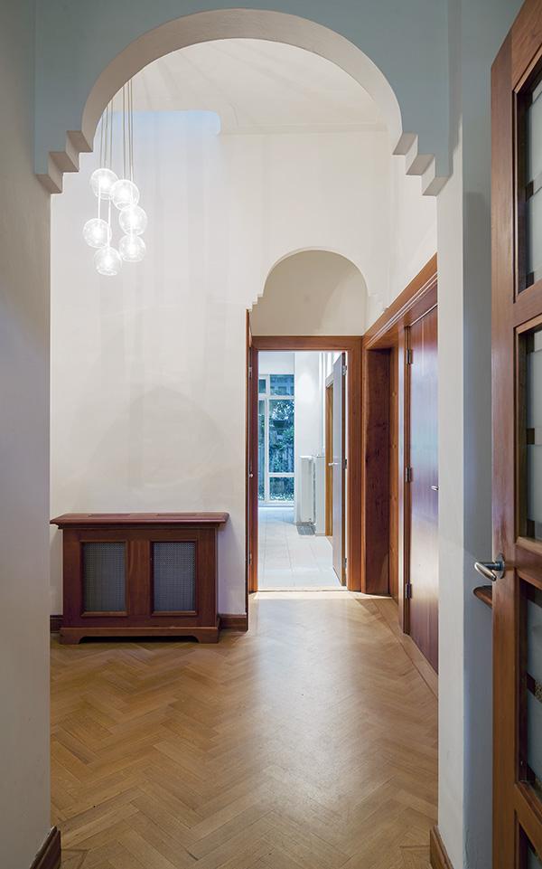 ir. Schelto Doyer Architect | Herbestemming Kantoorpand Tot Woonhuis Door Verbouwing Uitbreiding Met Badkamers Woonkeuken En Serre Amsterdam Zuid